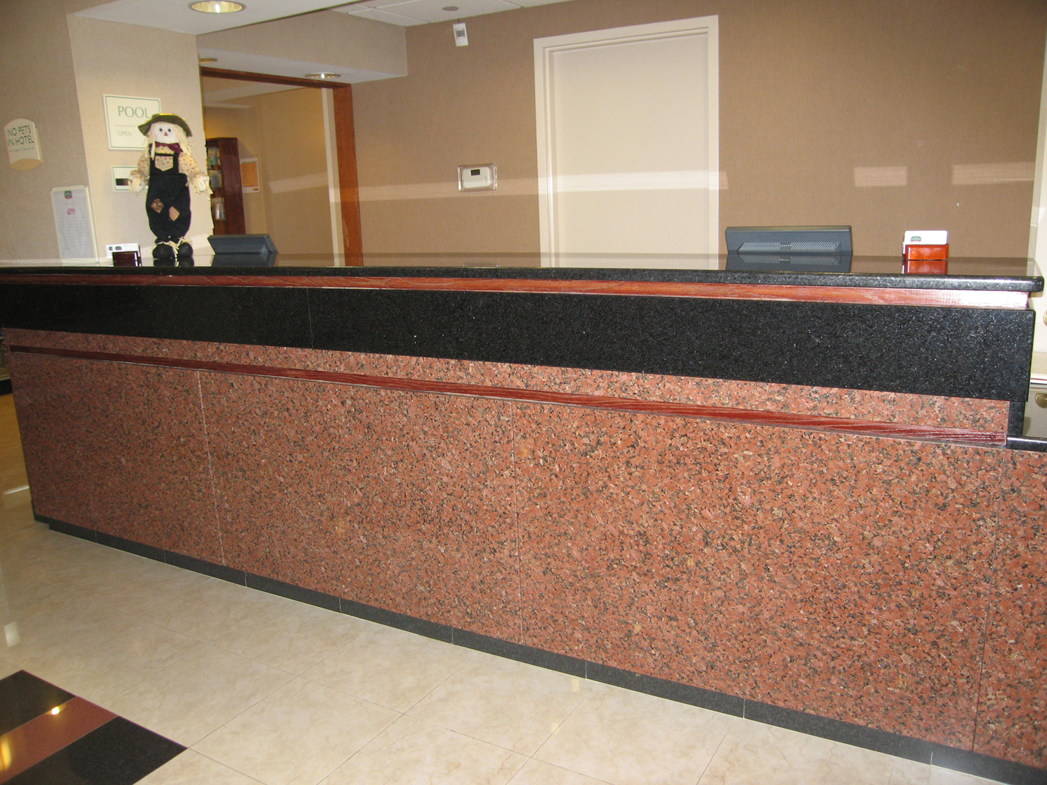 Marriott Front Desk2