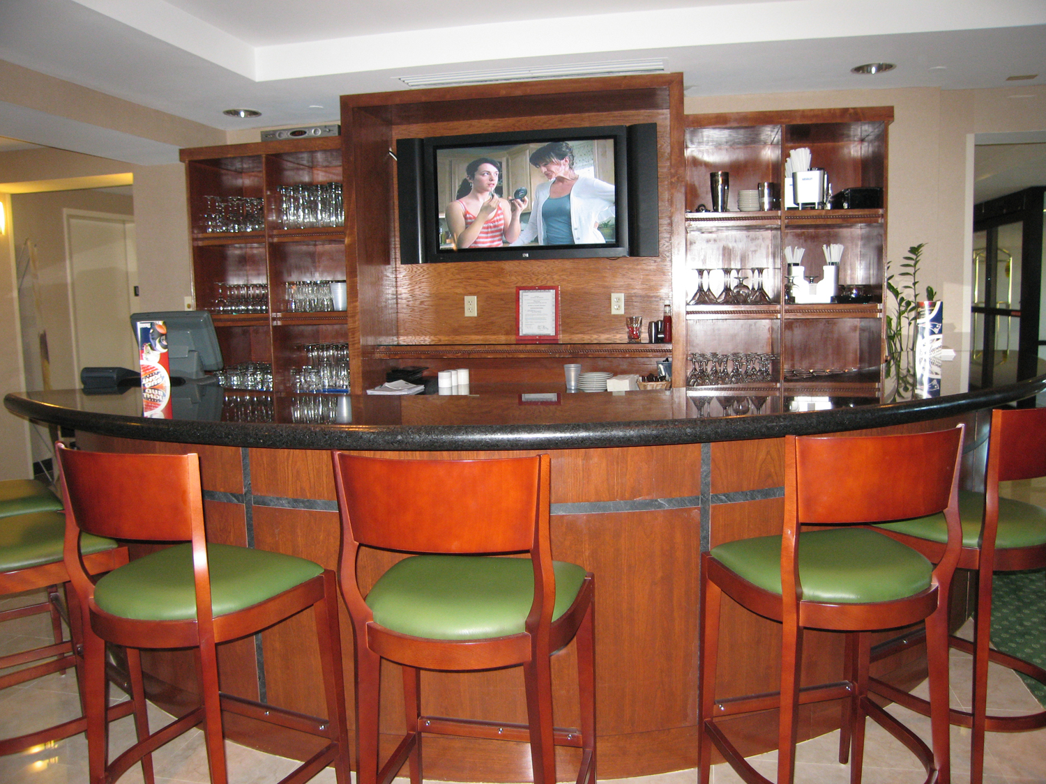 Marriott bar