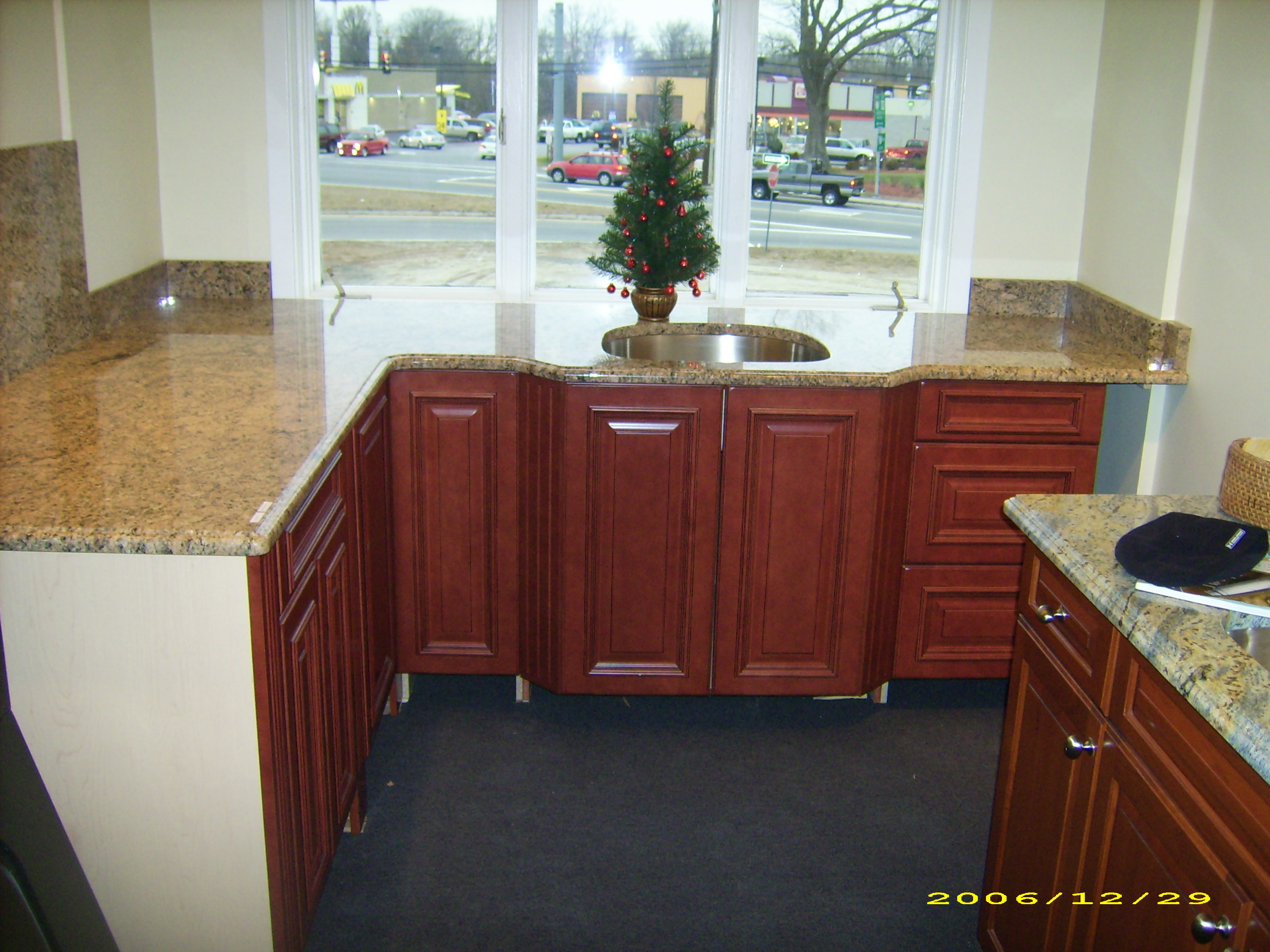showroom kitchen1